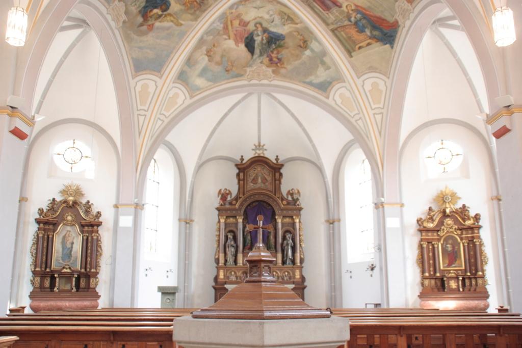 Kath. Pfarrkirche St. Philippus Neri